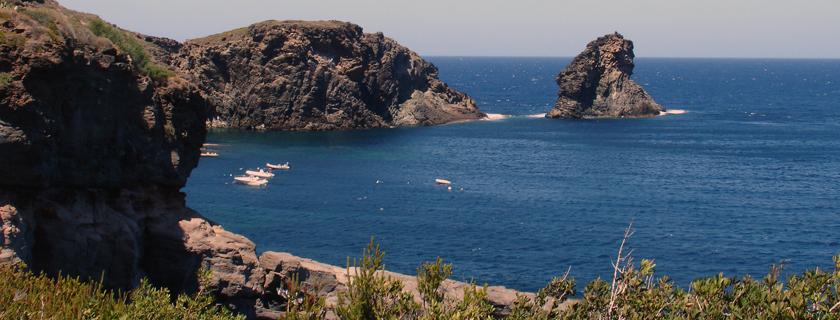 casa vacanze pantelleria, affitto dammusi appartamenti e abitazioni per le tue vacanze a pantelleria
